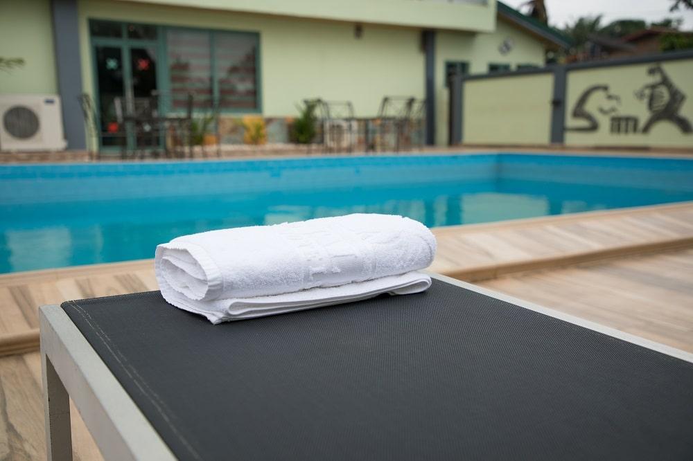 Crystal-Palm-Hotels-poolside-1-min