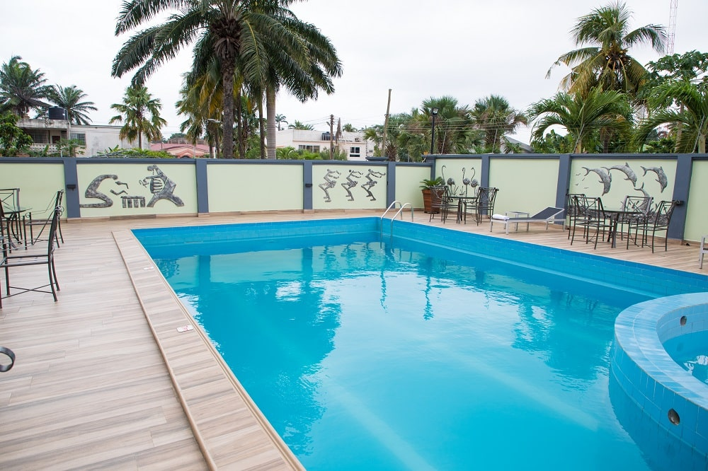Crystal-Palm-Hotels-poolside-3-min