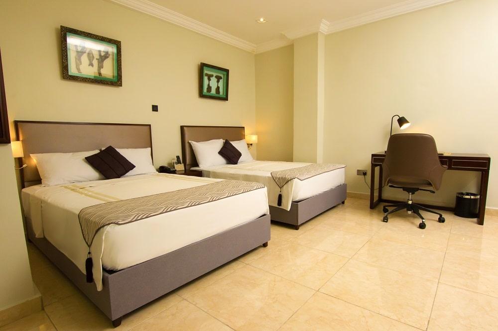 Crystal-Palm-Hotels40-min